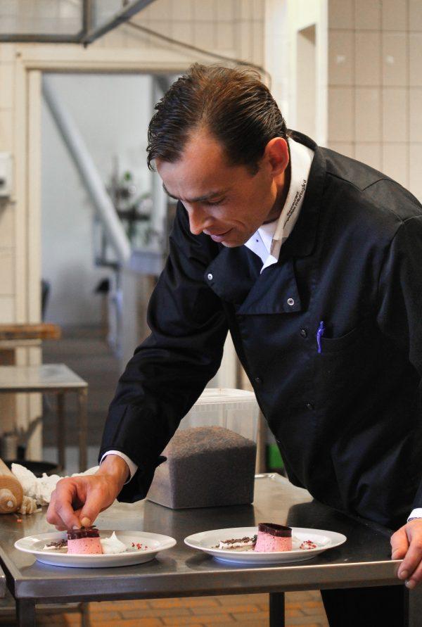 Mand i eget køkken