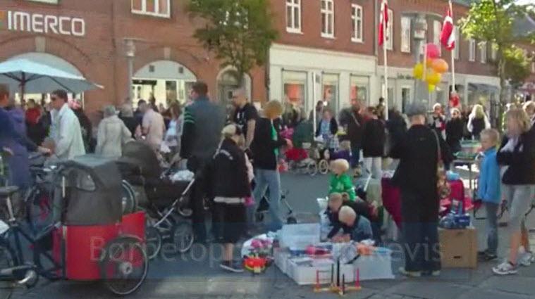 Børnelopper i bunkevis på Storgade (video)