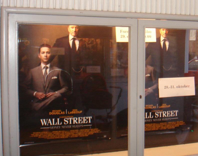 Wall Street kl. 19 til halv pris – køb!