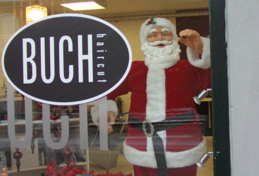 Man kan møde julemanden i bymidten - hos frisøren