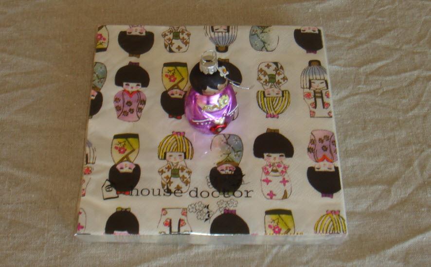 Kokeshi servietter og julepynt fra Bellis