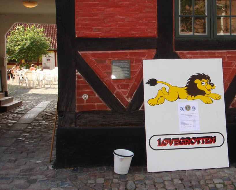Lions Marked - løvegrotten