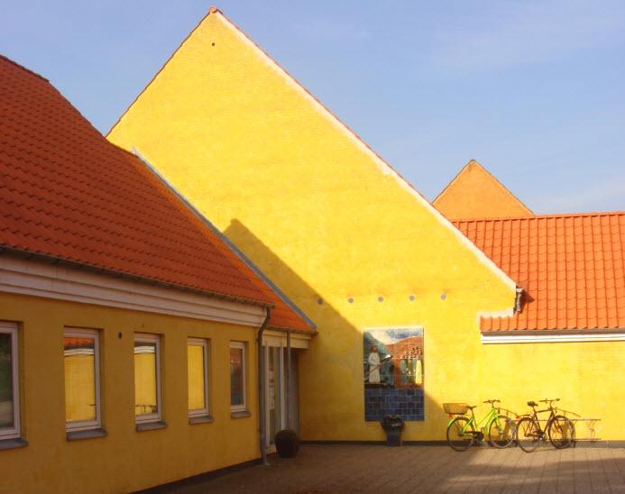 Sorø Sognegård bag biblioteket
