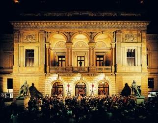 Opera i klosterkirken