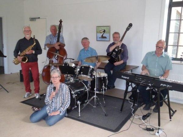 Jazzen tyvstartes af amatører