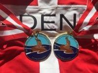 Foto Lyn Krahulec. Medaljer med 'Den Lille havfrue'.