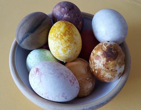 Klip påskepynt og tril æg på Sorø Museum