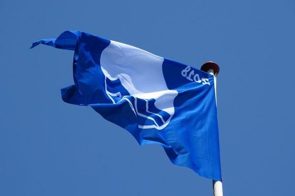 Det Blå Flag blev hejst