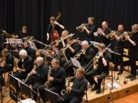 """Det klassiske swingende bigband """"Very Big Band"""" giver torsdag den 20. februar en af vinterjazzprogrammets koncerter med Kira Martini som solist."""