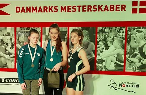 Sofie Steffensen vinder Guld og mesterskabs rekord i U15 piger. Foto: Sorø Roklub