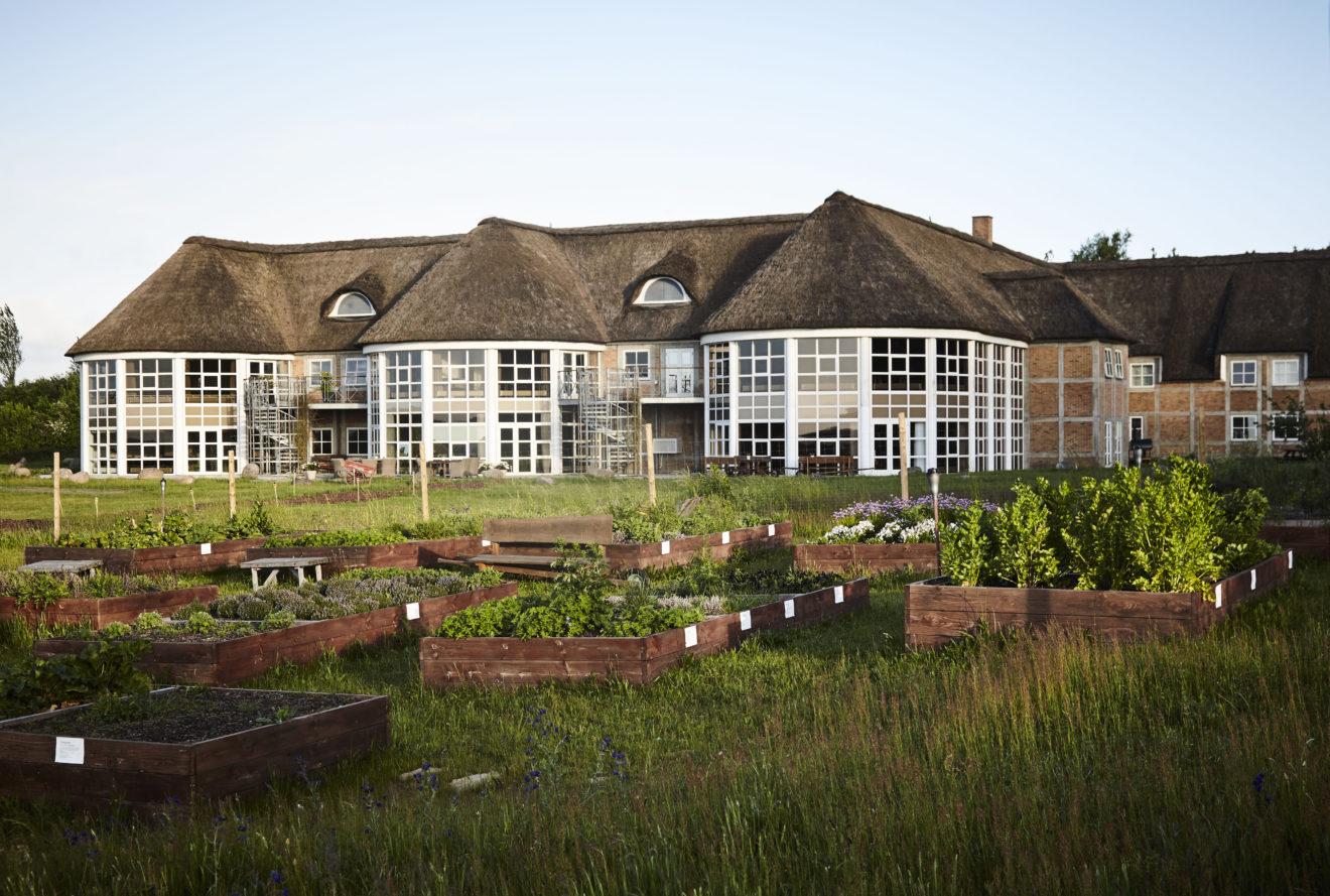 Comwell åbner igen hoteller