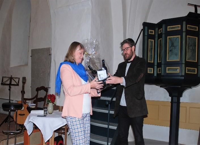 Kirkeminister Joy Mogensen gæstede Alsted kirke